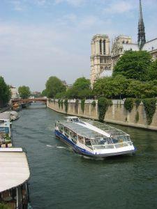 Ballade en bateau mouche sur la Seine